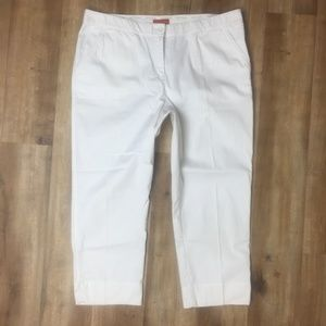 NWOT TOMMY BAHAMA Ellery Fit RELAX White 14